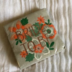 New in package Bride to Be Napkins